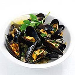 Mussels with salsa verde | Philips
