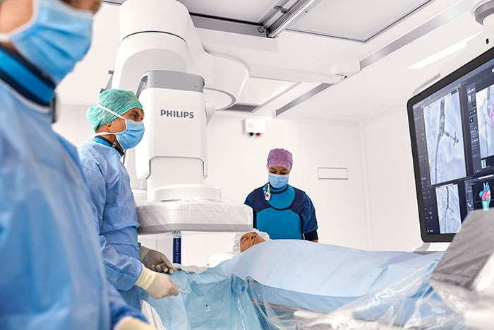 The Philips Azurion with FlexArm.